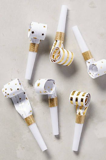 Gleaming Party Blowers
