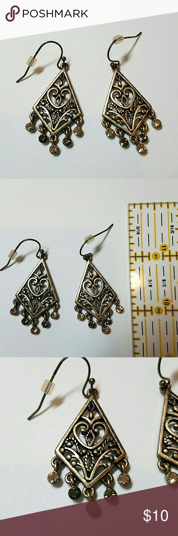 Lia Sophia earrings Gold tone. 2 colors of brown stones Lia Sophia Jewelry Earrings