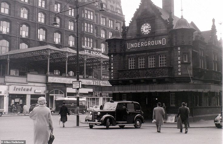 Photos reveal what life was like in glasgow and edinburgh