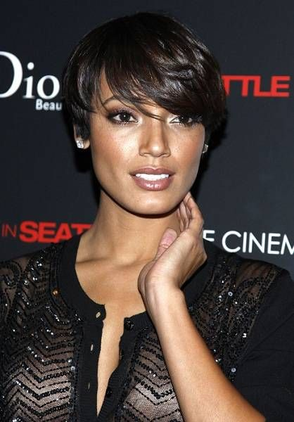 Selita Ebanks Short Hair