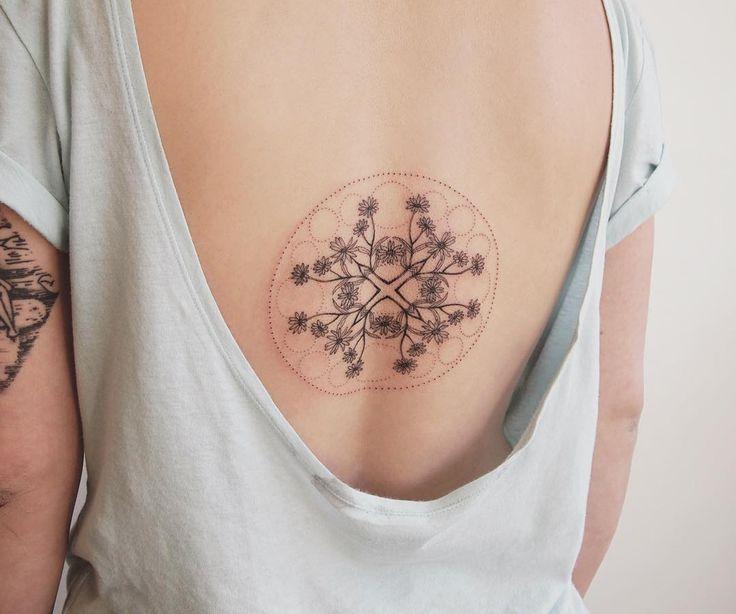 custom daisy kaleidoscope - tattoo people toronto - jess chen
