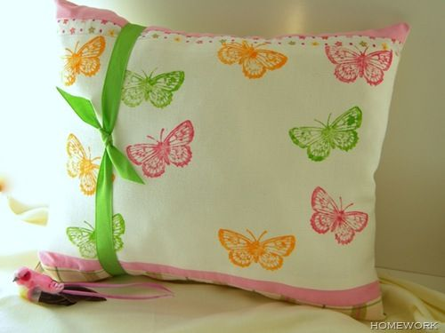 .....: Stamped Butterfly, Dreamy Pillow, Diy Craft, Adorable Stamped, Craft Ideas, Pillows, Creative Inspiration