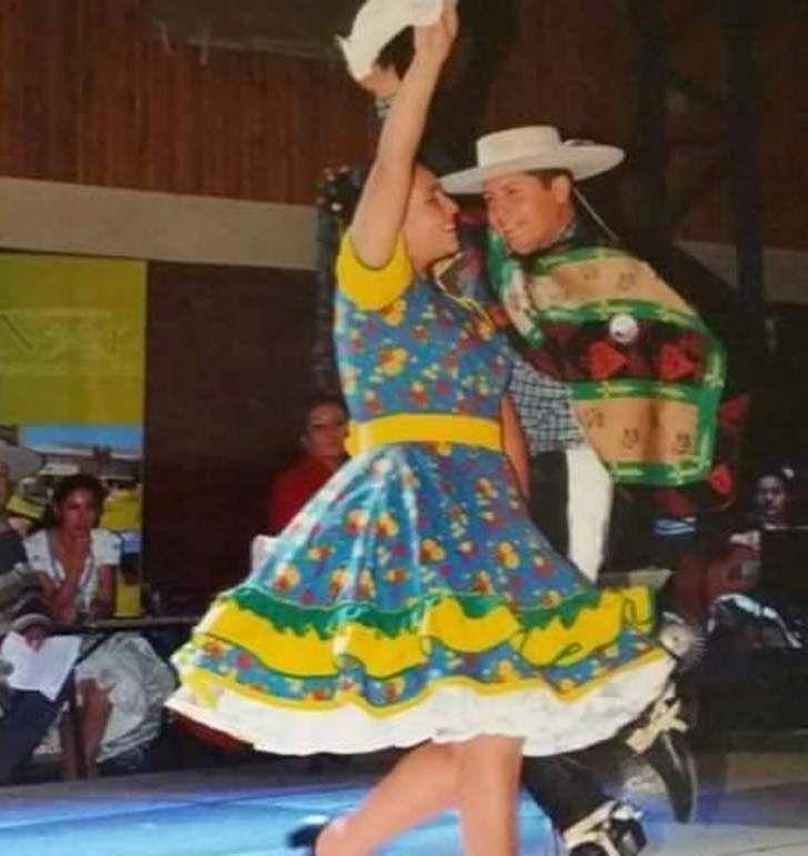 Carolina Basso Vega y Axel Almuna. Punta Arenas - 2001