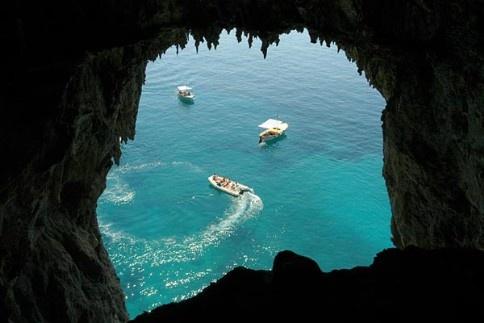 Grotto Azzura, Capri