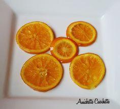 Care amichette cuochette, oggi vi propongo questa ricetta facilissima, buona e sana. INGREDIENTI: 1 arancia bio 4 cucchiai di zucchero 4 cucchiai di acqua