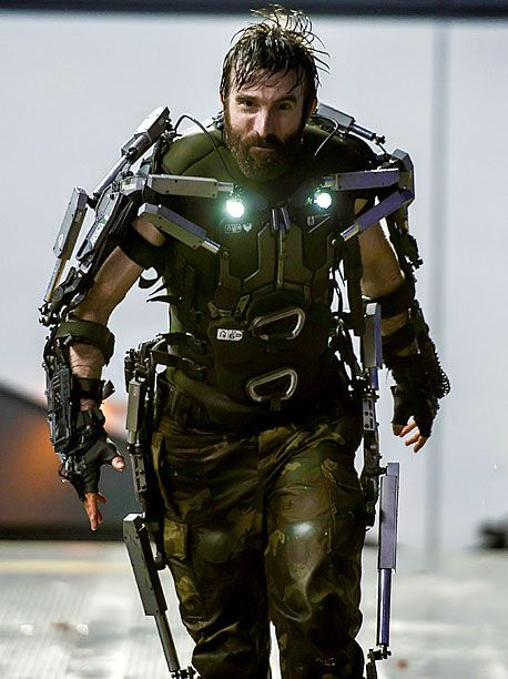 Finally saw Elysium. From the irregular accent to his ruthless gadgets, Kruger was the best movie villain I've seen in a long time. - http://limk.com/news/finally-saw-elysium-from-the-irregular-accent-to-his-ruthless-gadgets-kruger-was-the-best-movie-villain-ive-seen-in-a-long-time-421362238/