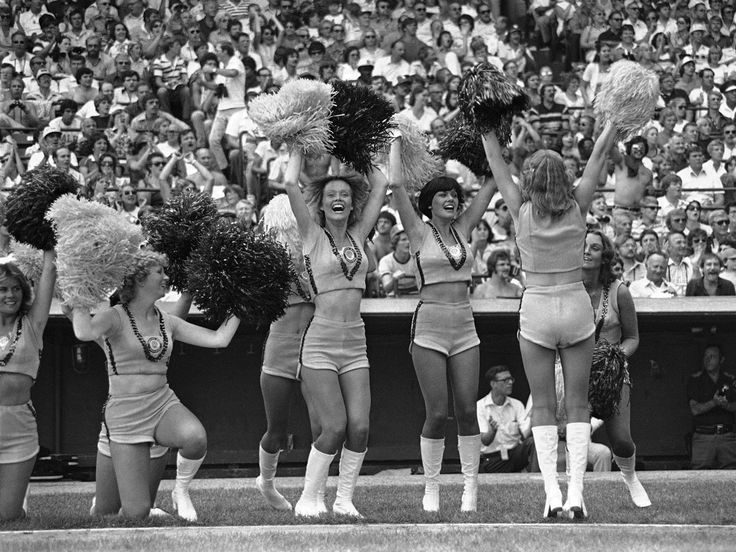 NFL Cheerleaders Through The Decades [Pictures] - Business Insider