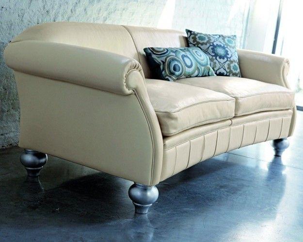 #doimo #ottocento #collection #doimodivani #mobiliriccelli #mobili #white #sofa #soft #color #furniture