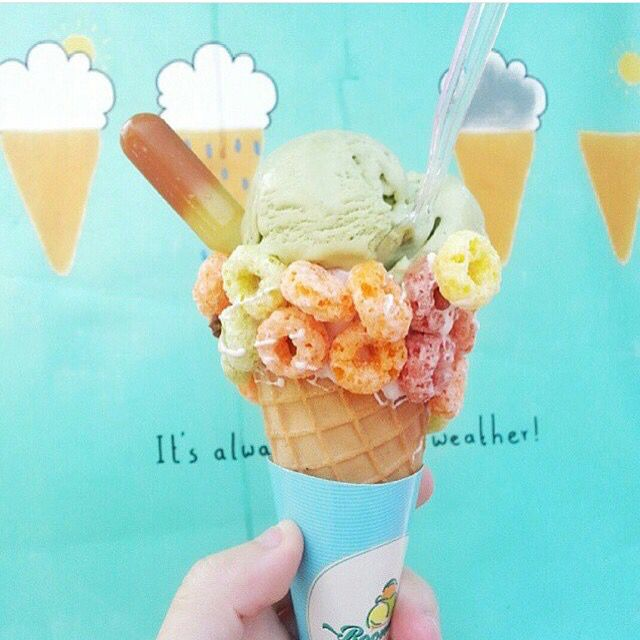 There is always a room in our tummy for this yummy ice cream from @roomice_id. Location: Medan