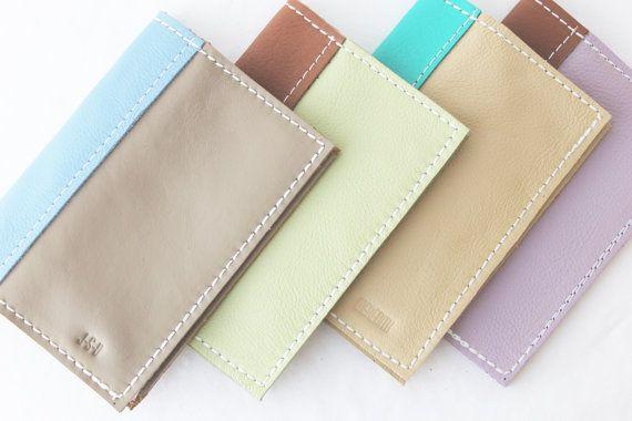 Reisepass-Einband - echtes Leder, Maßarbeit in Farben, die Ihnen