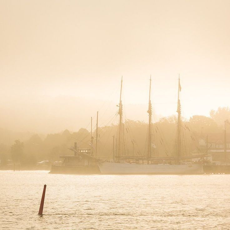 Klippan Gothenburg Sweden. 5 October 2015. #visitgothenburg #visitgoteborg #visitsweden #västkusten #goteborgcom #skonareningo #skonaren #göteborg #gotenburg #gothenburg #goteborgcom #mikaelsvenssonphotography #igersgothenburg #thisisgbg #älskagöteborg #mist #morning #swedenmoments #sweden