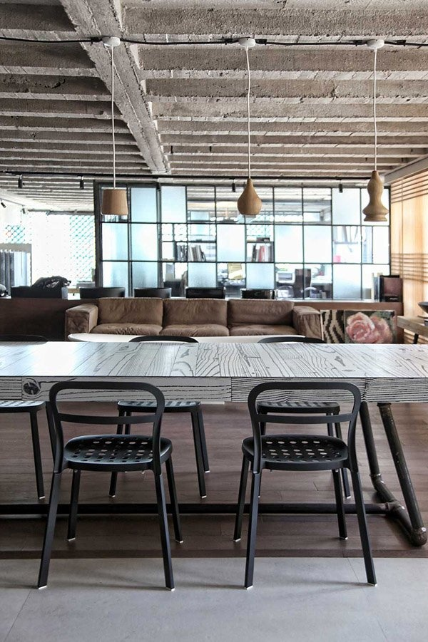 Warehouse loft in Athens with Japanese aesthetics