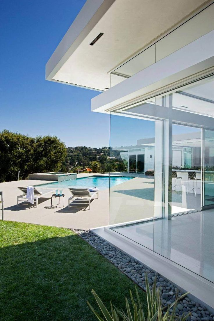 Midcentury residence offers unobstructed 180 degree views of the San Fernando Valley - CAANdesign