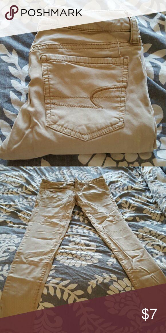American Eagle khaki jegging American Eagle khaki jeggings..good condition American Eagle Outfitters Pants Skinny