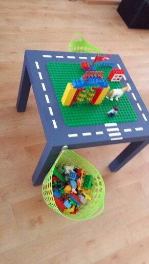 DIY / Ikea Hack Lego table
