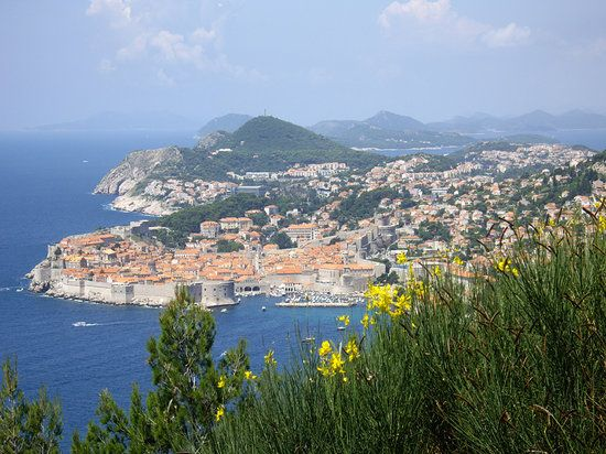 Dubrovnik Tourism: TripAdvisor has 220,613 reviews of Dubrovnik Hotels, Attractions, and Restaurants making it your best Dubrovnik resource.
