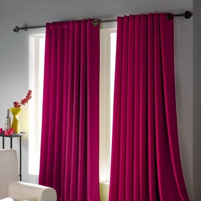 Rideau ocultant de couleur violet pour le salon design moderne pour les ride - Salon couleur violet ...