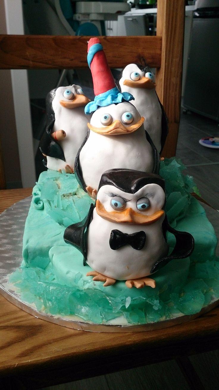 tort Pingwiny z Madagaskaru/Penguins of Madagascar cake, Suszymy ząbki Panowie:)/Cute and cuddly boys!