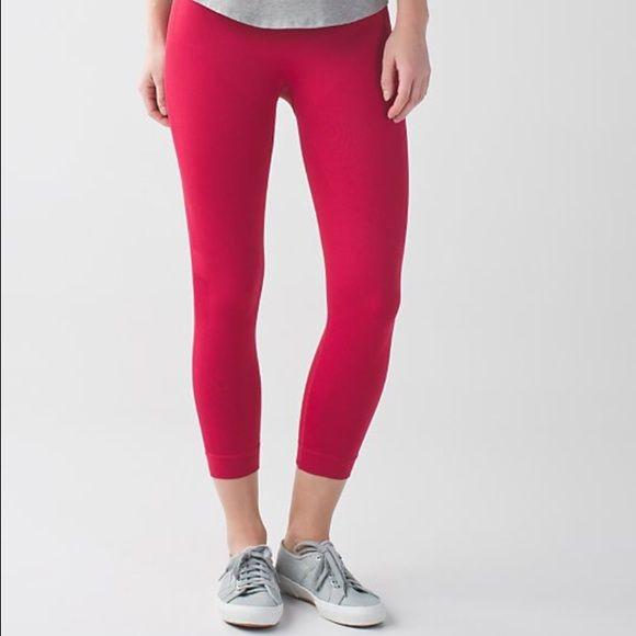 FINAL SALE ⚡️Lululemon leggings. Lululemon ZONE IN CROP leggings. lululemon athletica Pants Leggings