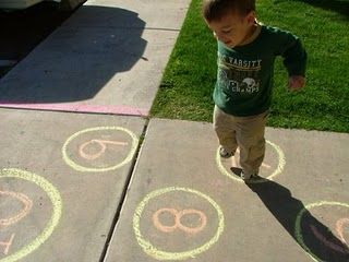 Fun With Sidewalk Chalk - easy gross motor ideas;: Numbers Outside, Chalk Drawings, Practice Numbers, Gross Motors Skills, Gross Motors Activities, Sidewalks Chalk, Learning Numbers, Big Work, Chalk Games