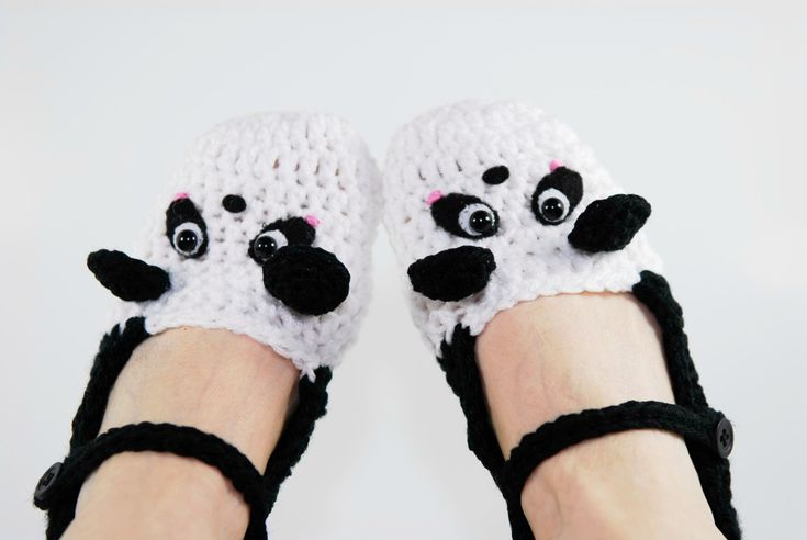 Crochet Panda Slippers-Crochet Slippers-Women Accessories-Women Shoes-Black And White-Panda-Animal Slippers-Christmas Gift-Geek-Gift For Her
