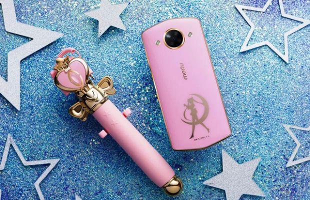 Meitu M8 si Meitu T8, doua telefoane deosebite cu editii Sailor Moon si Hello Kitty