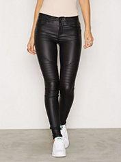 Nellys Bestsellers - Vores hotteste tøj, sko & tilbehør - NELLY.COM