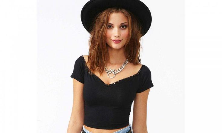 Переделка футболки в стильный топ #DIY #fashionattack #топ #футболка