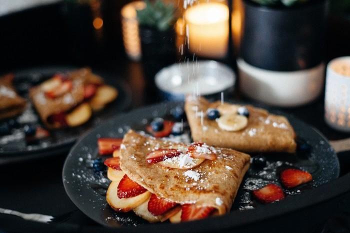 バターの香りがたまらない♡ フランスのお菓子クレープetガレットのある風景  https://kinarino.jp/cat4/6370  #クレープ #ガレット #お菓子作り #レシピ #キナリノ