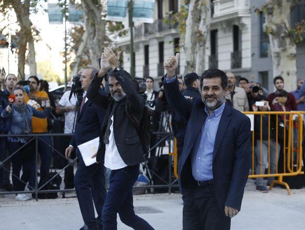 La Audiencia Nacional confirma que 'los Jordis' deben seguir en prisión para evitar su fuga