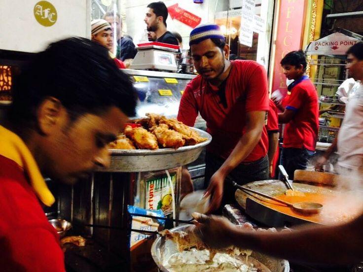 Anwar's Food Corner is an unmissable stop during iftar in #Delhi! #TheParkRamadanWalk