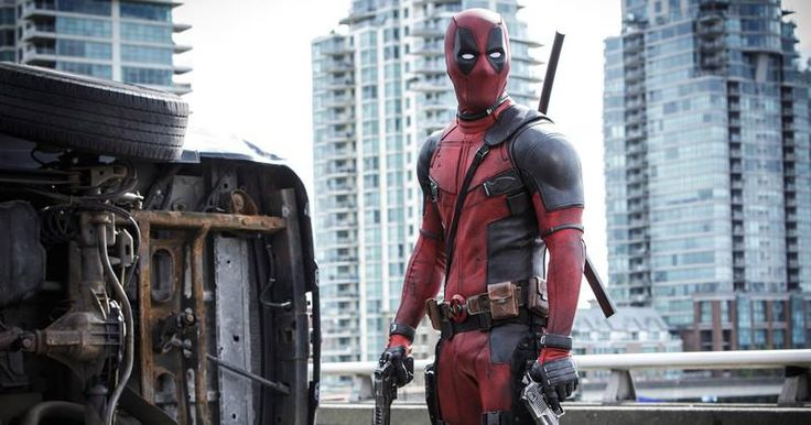 Deadpool enlève son masque et se fout de la gueule de David Hasselhoff