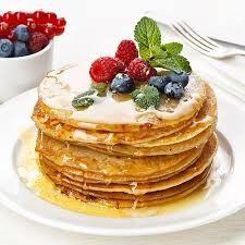 Цельнозерновые...     Молоко   (тёплое) — 3 ст.   Яйцо — 3 шт.   Масло сливочное  — 50 г   Ванильный сахар — 1 ч.л.   Мука цельнозерновая  — 1, 5 ст.   Мука (белая) — 0, 5 ст.   Соль — 0, 5 ч. л.   Вода (кипяток) — 0, 5 ст. Яйца с сахаром взбить венчиком и влить к ним тeплое молоко. Добавить ванильный сахар и растопленное сливочное масло. Добавить муку, соль.Вскипятить воду и добавить в настоявшееся тесто, размешать.  Хорошо перемешать, чтобы не было комочков. Дать постоять 15-20 минут,