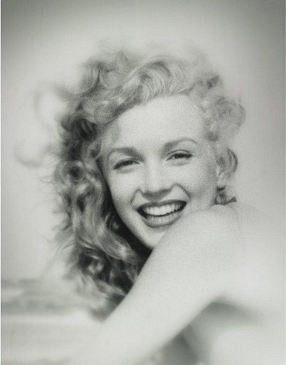 winning smile: Marilyn Monroe, Classic Beautiful, Beautiful Marilynmonro, Long Islands, Norma Jeans, Soft Curls, Photo, Beautiful Pictures, True Beautiful