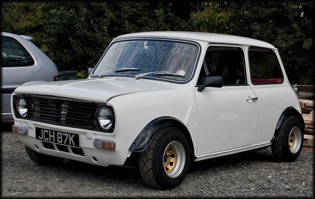Austin Mini Clubman by Nick Shaw, via Flickr