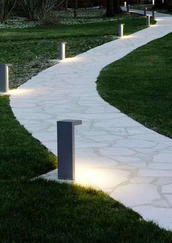 bolardo de iluminacin de jardn moderno de metal led edge wever u ducre