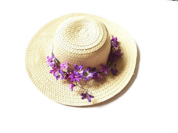 Sun hat beach hat a wide-brimmed straw hat by PrettyVintage90