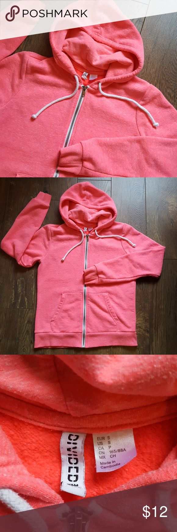 H & M DIVIDED SWEATSHIRT LOVE the color💕💕 Size small  Excellent pre-loved condition  H & M DIVIDED hooded sweatshirt with zippered front H&M Tops Sweatshirts & Hoodies