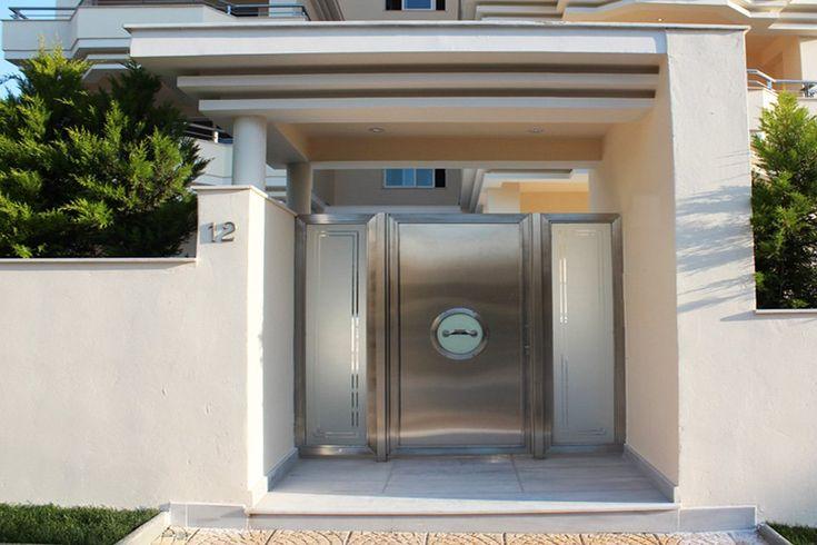 Τετραώροφη πολυκατοικία στη Γλυφάδα | vasdekis