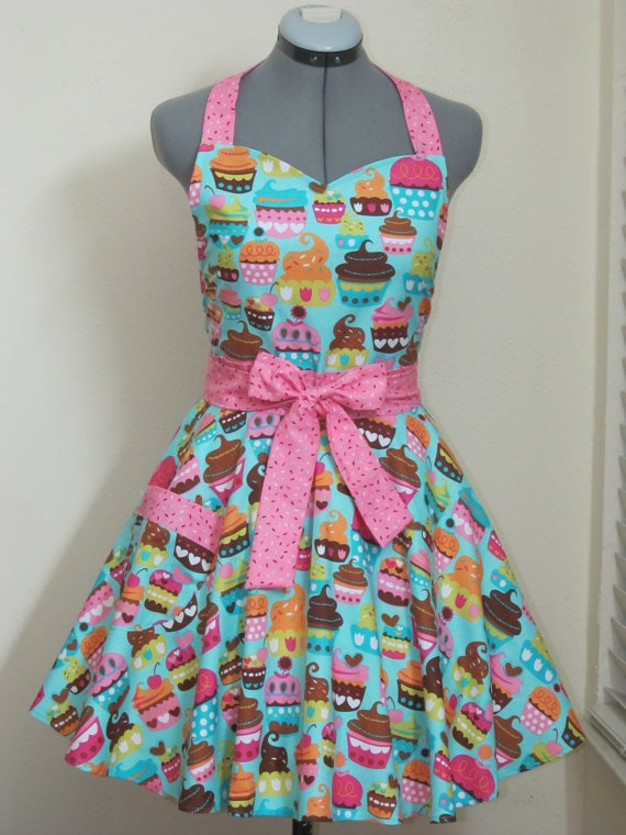 Apron...I want to have one this style but a different fabric.