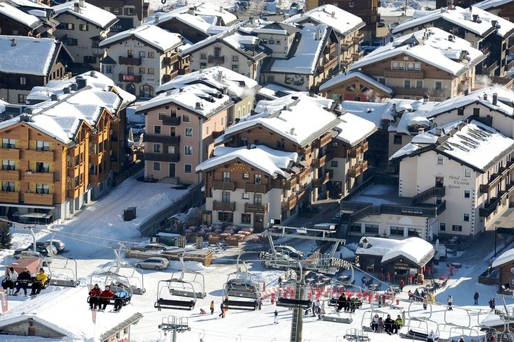 Get the Best Rates at  http://www.lowestroomrates.com/avail/hotels/Italy/Livigno/Hotel-Helvetia.html?m=p   Hotel Helvetia  is minutes from Livigno - Tagliede Gondola and close to Mottolino Gondola. This ski hotel is within close proximity of San Rocco Ski Lift and Livigno Ski Area.  #HotelHelvetia #Livigno #SkiResortsItaly