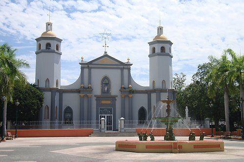 Parroquia San Ramón Nonato, mi ciudad natal Juana Díaz. ( San Ramón Nonato church @ my hometown, Juana Díaz)