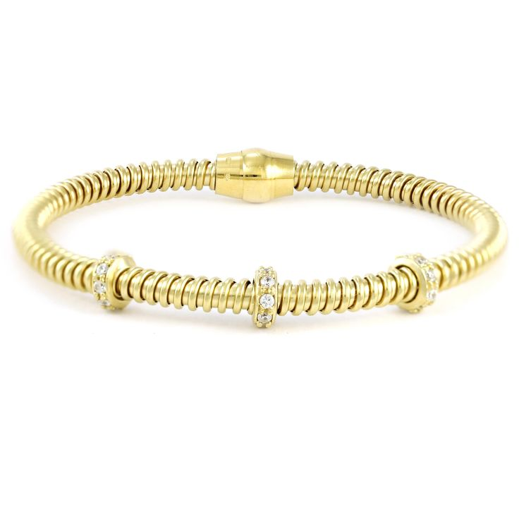One cute gold-plated silver bracelet #londongold #finejewellery