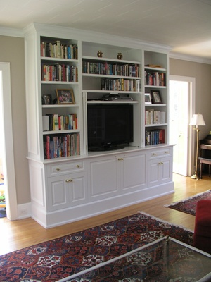 This Painted Built In Tv Cabinet Combines Thoroughly Functional Cabinetry For A Wide Screen And All Related Components With Open Bookshelves St