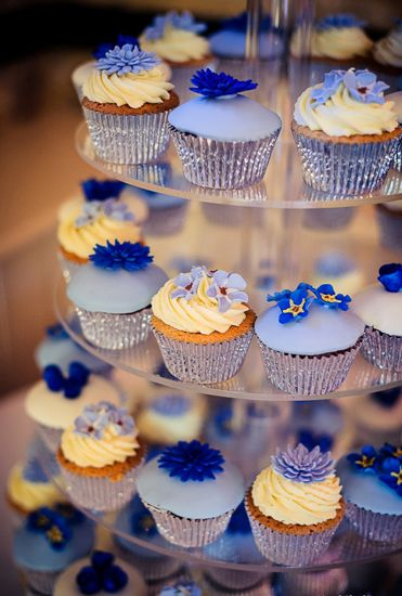Cornflower blue cupcakes from Clifton Cakes - Beautiful blue wedding cupcakes