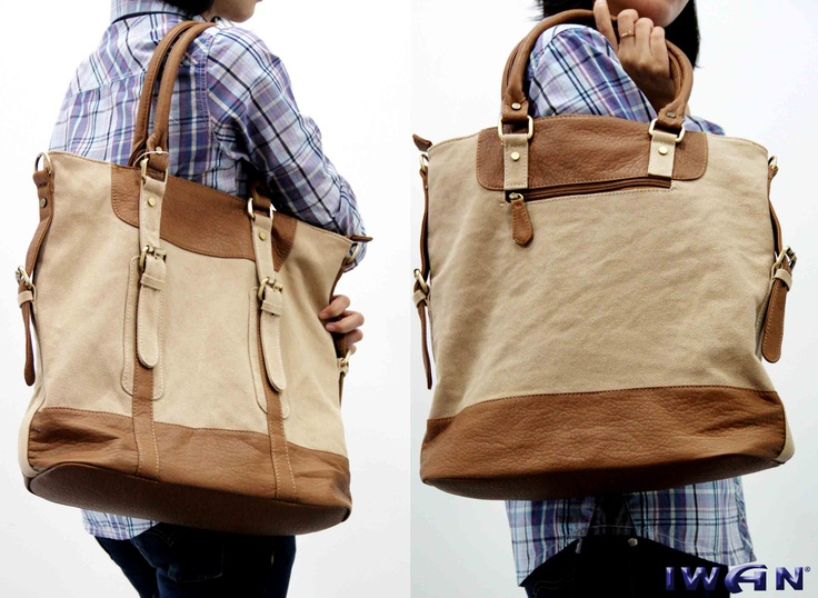 Christmas Iwan Collections !!!!   *** Flies Bag Color : White, brown ***  Check them out at Iwan Stores now..!!