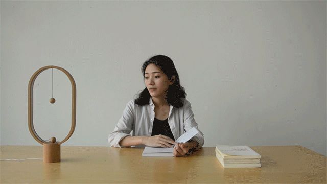 Seeking a novel way to redesign a light switch while simultaneously retaining a functional and aesthetically pleasing object was the design challenge for Netherlands-based designer Arthur Limpens of Allocacoc DesignNest. His solution was the Heng Balance Lamp, a fun desktop light that relies on a pa