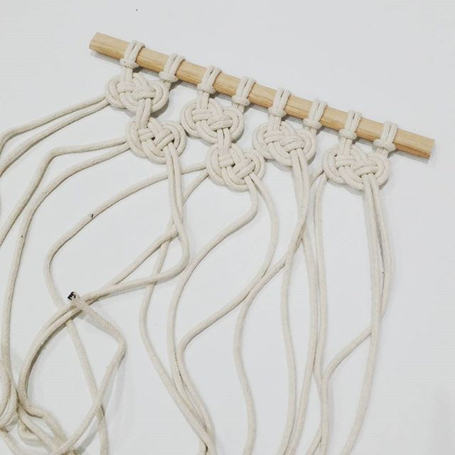 Tonight I am testing out an idea I had for an easy macrame wall hanging (because I am such a party animal on a saturday night )!!! It looks like it might just work out so if so I will do a tutorial xx #macrame #diy #handmade #creativebowerbird #boho #scandinavianstyle #scandistyle