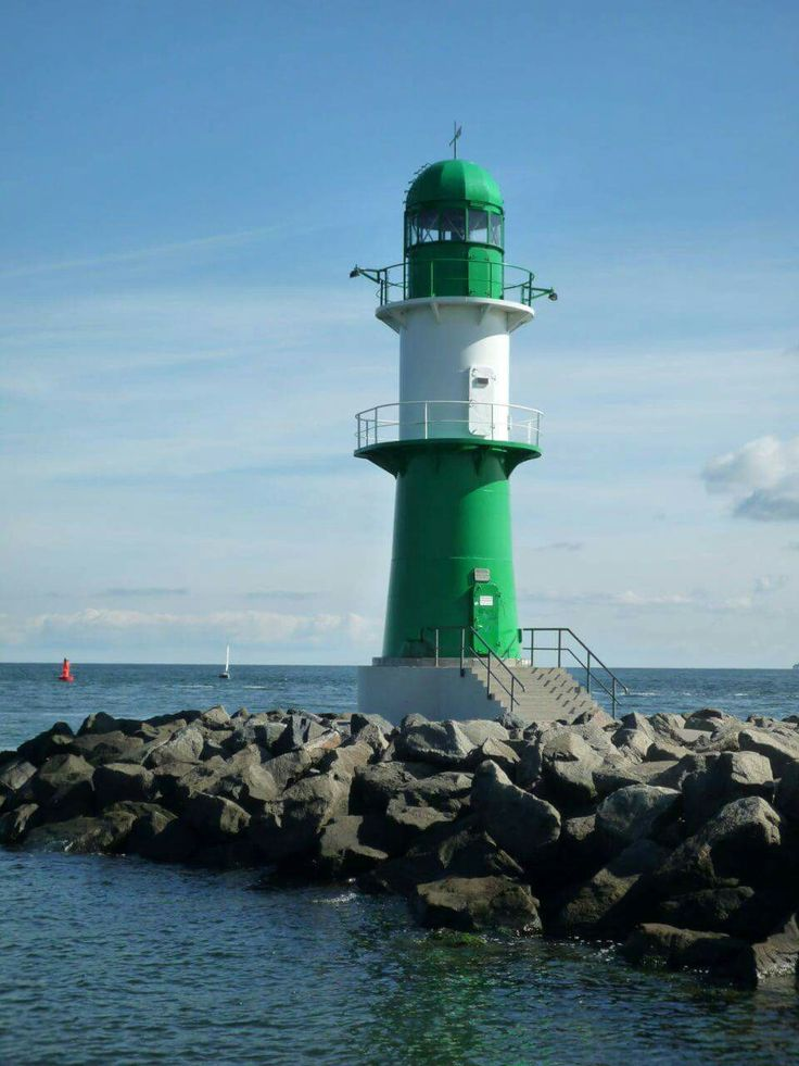 THE GREEN LIGHTHOUSE IN ROSTOCK - WARNEMUENDE