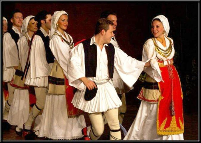 Traditional greek danse